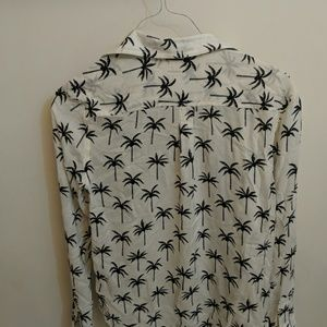 American Eagle Outfitters Tops - New--AE printed shirt